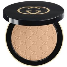 Gucci Medium 030, Luxe Finishing Powder ($55) ❤ liked on Polyvore featuring beauty products, makeup, face makeup, face powder, beauty, faces, finishing powder, powder brush and gucci