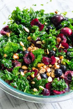 This paleo, and vegan kale salad is packed with fresh cherries, blueberries, toasted pine nuts and almonds and topped with a berry vinaigrette. Cherry Salad Recipes, Kale Recipes, Healthy Salad Recipes, Paleo Running Momma, Blueberry Salad, Clean Eating, Healthy Eating, Salad Dressing Recipes, Paleo Dinner