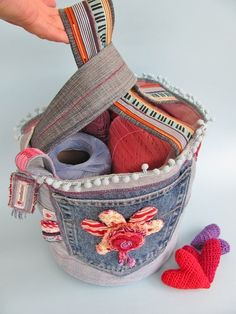 Bucket bag made from jeans. I love the crochet hearts in the pockets.