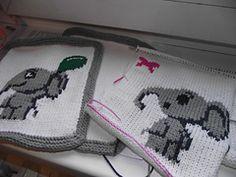Ravelry: Elephant Parade Blanket pattern by ShoedivaOriginals