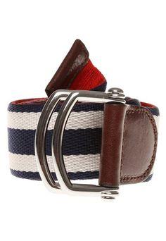 MODELOS DE CINTURONES TOMMY  #cinturones #modelos #modelosdecinturones #tommy Tommy Hilfiger, Belt, Clothes, Style, Fashion, Men's, Caps Hats, Accessories, Clock