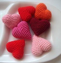 amigurumi hearts