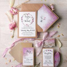 http://irishweddingblog.ie/wedding-invitations-4-love-polka-dots/