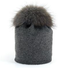 Star Beanie with Fur Pompon - Anthracite Cashmere Beanie, Fur, Stars, Collection, Fashion, Moda, La Mode, Furs, Fasion