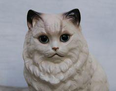 Vintage Ceramic Cat - White Cat Figurine - Kitty - White Siamese Persian Cat