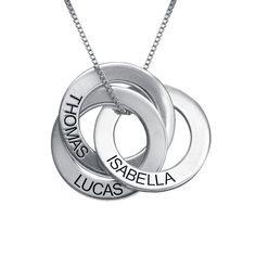 Bestellen Sie Russische Ring Halskette mit Gravur von MeineNamenskette! Unser personalisierbarer Schmuck eignet sich als Geschenk für jeden Anlass.