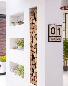 Log storage ideas stylish ways to display your winter fire wood indoors Log Store Indoor, Indoor Log Storage, Log Burner Fireplace, Wood Burner, Living Room Storage, Living Room Decor, Living Rooms, Decoracion Vintage Chic, Log Wall