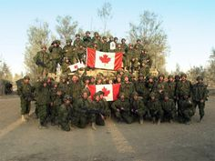 Canadian soldiers proud after Afghanistan war. Pictures Of Soldiers, Canadian Soldiers, Imagine John Lennon, Afghanistan War, O Canada, Remembrance Day, Military Police, Armed Forces, Forget