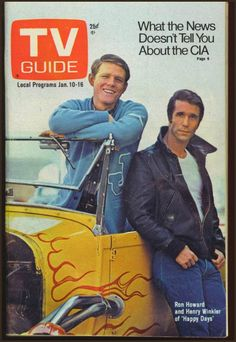 I was going to marry the Fonz until Chachi showed up! TV Guide January 1976 - Ron Howard and Henry Winkler of Happy Days. Ron Howard, Archie Comics, Happy Days Tv Show, Tv Happy, Guide Tv, The Fonz, Vintage Television, Vintage Tv, Vintage Magazines