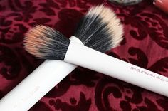 Real Techniques duo fibre brushes