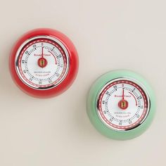 Our Retro Magnetic Timer sticks to any metal surface at any angle, letting you display its time-keeping retro style anywhere you please. It helps keep track of your baking, cooking or other timed tasks for up to one hour, giving a short ring when your task is complete. An affordable essential, it's available in mint and red.