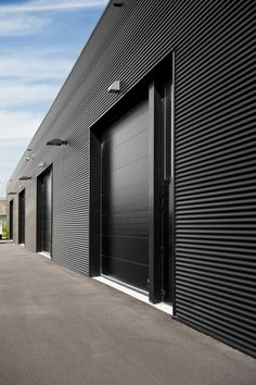 Image 4 of 22 from gallery of Wingene Business Center / BURO II. Photograph by Klaas Verdru Factory Architecture, Facade Architecture, Garage Design, Exterior Design, Pre Engineered Metal Buildings, Warehouse Renovation, Building Design, Building Facade, Retail Facade
