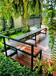 32 The Best Minimalist Garden Design Ideas You Have To Try - A house is made more aesthetically pleasing though its design. For a house, one of the areas where design is really important is the garden. Layout Design, Deck Design, Landscape Design, Design Ideas, Window Design, Backyard Garden Design, Backyard Patio, Backyard Landscaping, Landscaping Ideas