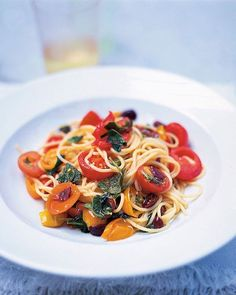 from Jamie Oliver: A really simple, quick and amazingly tasty pasta dish which always hits the spot and will impress your mates. Try baking some fish fillets over the herby tomatoes. it's fantastic. Spaghetti Recipes, Pasta Recipes, Cooking Recipes, Lasagne Recipes, Risotto Recipes, Jamie Oliver, Tasty Vegetarian Recipes, Healthy Recipes, Gastronomia