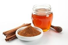 Clear acne overnight with this simple homemade mask - 3 parts honey to 1 part cinnamon