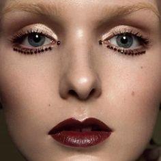 #BeautyEditorial #Photographer #KáriSverriss #Model #JadaJoyce #MODELWERK #Styling #AndreaHorn #Hair #Makeup #HelgeBranscheidt #Retoucher #LidiaStolyarova #makeup #beauty #makeupaddict #makeupobsessed #MUA #red