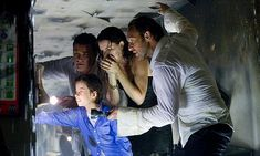 Richard Dreyfuss, Kurt Russell, Jacinda Barrett, Josh Lucas, and Jimmy Bennett in Poseidon