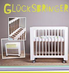 Das Baby überall dabei. Der Lattenrost ist mehrfach höhenverstellbar. Die hochwertigen Lenkrollen mit Feststellbremse sorgen für sicheren Transport des höchsten Guts.