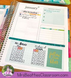 Journaling is a great tool for self-care. Join the 20 in 2020 Challenge and meet the Erin Condren Life Planner and Petite Planners to get you started! Erin Condren Monthly Planner, Hourly Planner, Academic Planner, Planner Tips, Budget Planner, Happy Planner, Work Planner, School Planner, Planner Organization