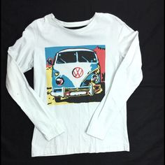 Long sleeve shirt Long sleeve shirt with VW van design. Size L Pink 2011 Tops Tees - Long Sleeve
