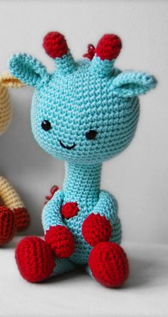 amigurumi patterns, can I just have a room or ball pit or something just filled with these?!