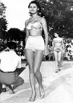 A young Sophia, aged 15, at a beauty contest in Naples, Italy. She won second place.