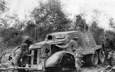 trophy Spanish Autoametralladora 1937 armored car destroyed in 1941 foto WW2