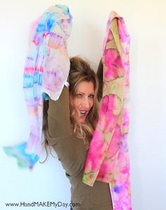 Sharpie Marker Scarves.. We need more bright colored scarves.. I always see dull.. Deff want some.