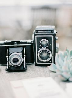 Vintage Cameras  Photography: Isabelle Hesselberg / 2 Brides - www.2brides.se