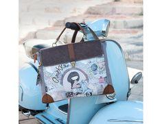 Bolso portadocumentos by #Anekke Traveller, maletín con motivos de mapa antiguo, estilo vintage, detalles dorados, compra online, bolsos Anekke, bolsos mujer, ideales para regalos