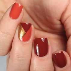 get a geometric thanksgiving nail art look for this holiday season with essie na. get a geometric thanksgiving nail art look for this holiday season with essie nail polish. creates this mani with shades 'rocky rose', 'bed rock Nail Art Designs Videos, Nail Art Videos, Makeup Videos, French Nail Designs, Winter Nail Designs, Nail Art Hacks, Winter Nail Art, Winter Nails, Essie Nail Polish