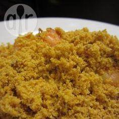 Existem muitas receitas boas de farofa, mas farofa de dendê com camarão seco é uma das melhores farofa que eu já comi.