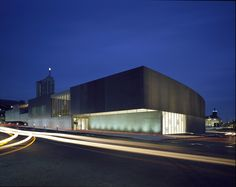 CAM : Contemporary Art Museum St. Louis (2003) | Allied Works Architecture | Photo : Hélène Binet