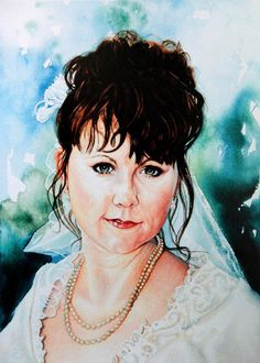 Commission a portrait from your photo direct from artist Hanne Lore Koehler. Price list online.