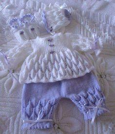 Knitting patterns free sweater dress baby cardigan ideas for 2020 Kids Knitting Patterns, Baby Sweater Patterns, Baby Cardigan Knitting Pattern, Baby Girl Dress Patterns, Knit Baby Sweaters, Knitted Baby Clothes, Baby Doll Clothes, Knitting For Kids, Baby Patterns