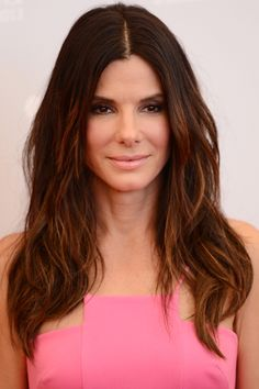 10 Flattering Center Part Hairstyles | Daily Makeover
