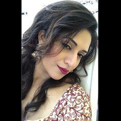 "222k Likes, 1,822 Comments - Divyanka Tripathi Dahiya (@divyankatripathidahiya) on Instagram: ""A #Selfie when you love your new #LipColour."""