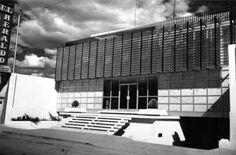 Edificio for El Heraldo de León, Hermanos Aldama 222, Zona Centro,  León, Guanajuato, México 1960 (remodelado)  Arq. Agliberto Llamas Jiménez  -  El Heraldo de Leon building, Hermans Aldama 222, Zona Centro, Leon, Guanajuato, Mexico 1960 (remodeled)