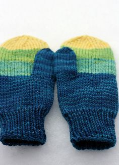 Easy Knit Mittens Pattern : Lion Brand Yarn Free Knitting Pattern: Easy-Knit Mittens Knitting patterns ...