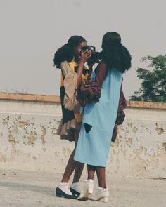 Girls just wanna have fun . 4c Hair, Black Girls Rock, Black Girl Magic, Black Is Beautiful, Pretty People, Beautiful People, Black Girl Aesthetic, Moda Fashion, 90s Fashion