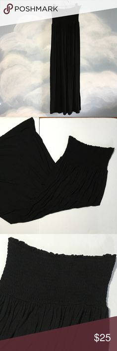 """Juicy Couture tube top maxi small Juicy Couture tube top maxi small, length 44 inches with 22"""" slit on left side smocked top detail stretches , excellent used condition no holes or stains. Juicy Couture Dresses Maxi"""