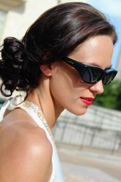Queeda Eternal Black fitover sunglasses by Jonathan Paul® Fitovers are made with unparalleled technology specifically to wear comfortably over prescription glasses... and they look GREAT. Definitely not your grandparents' fitovers!