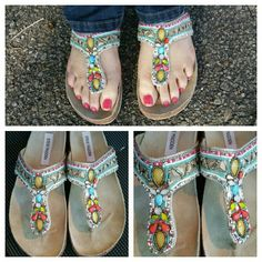 Steve Madden beautiful beaded Sandal by 7.5 Fiesta Steve Madden beautiful beaded sandals thongs in Fiesta size 7.5. Very good gently used condition. There may be a few beads missing...zoom in and check them out, they are gorgeous!!! Steve Madden Shoes Sandals