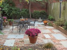 mixed brick and flag patio - flag too square?