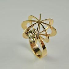 R3502 Space Age Modernist 1970s Elis Kauppi Diamond Ring Finland 14K gold Retro