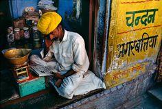 India.  Street Food   Steve McCurry