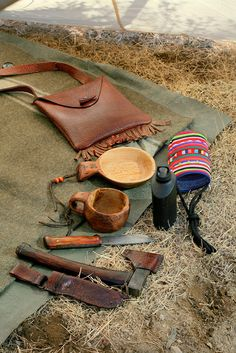 Manta Bushcraft Blog: Smaller Whelen's This is a blog of a Korean man that has a humble passion for the outdoors. Makes most of his own gear because it isn't readily available to him the same as it is to us. I find it inspiring.