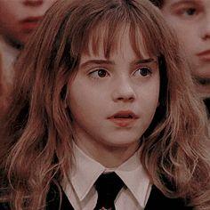 Photo Harry Potter, École Harry Potter, Harry Potter Wattpad, Magie Harry Potter, Harry Potter Hermione Granger, Mundo Harry Potter, Harry Potter Tumblr, Harry Potter Pictures, Harry Potter Characters