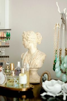 busts with jewels