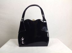 Vintage Black Patent Leather Bag Kelly Purse 1950's by madvintage #vogueteam #patentleather #handbag #vintagepurse #kellybag